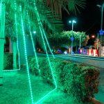Prefeitura de Água Nova ornamenta ruas e praças centrais na cidade com decoração natalina.