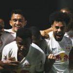 Bragantino goleia por 4 x 1 e complica o Vasco na tabela do Brasileirão