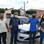 Prefeito Itamar Moreira consegue veiculo 0km para o Município de Poço Dantas. Veja!