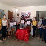 Beneficiários assinam contratos de financiamento de projetos em Bernardino Batista