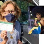 Atriz Laura Cardoso, de 93 anos, e cantora Elza Soares, de 90, vacinadas contra covid