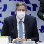 Lira pede a governadores que 100% das emendas sejam para Covid