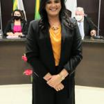 Prefeita Marianna Almeida embarca rumo a Brasília em busca de Recursos para Pau dos Ferros/RN